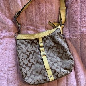 EARLY 2000'S Yellow Coach Bag